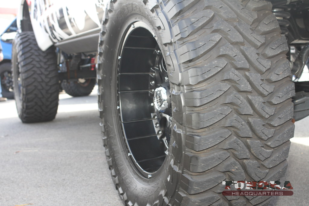 2crave-wheels-toyo-tires