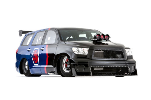 DragQuoia - Toyota Sequoia Dragster - Rolls into 2012 SEMA 