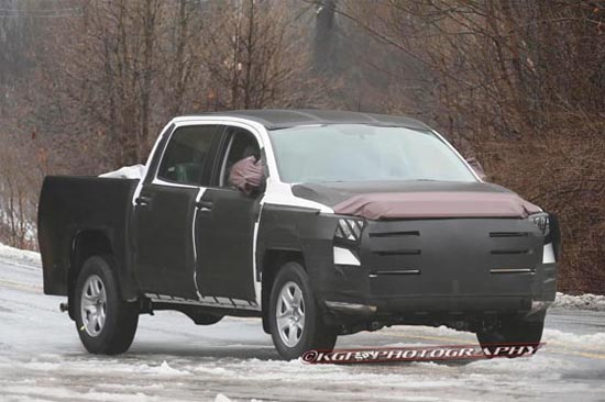 2014 Toyota Tundra CrewMax Spy Photos